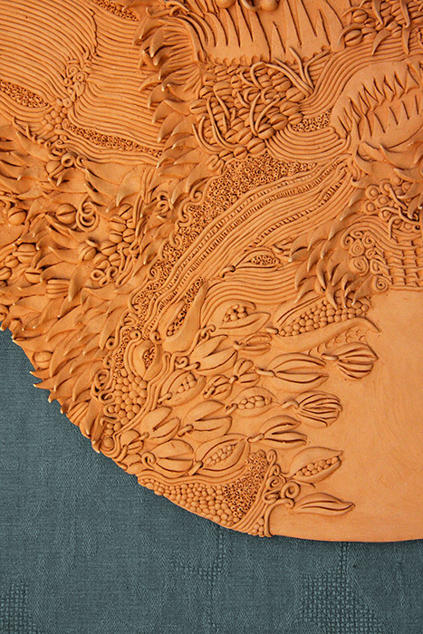 Ceramiche Artistiche Madre Terra Generosa dettaglio